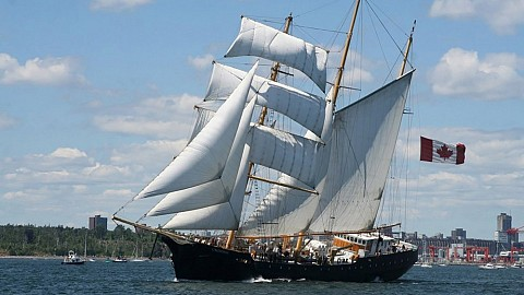 203' three masted brigantine 'Caledonia'