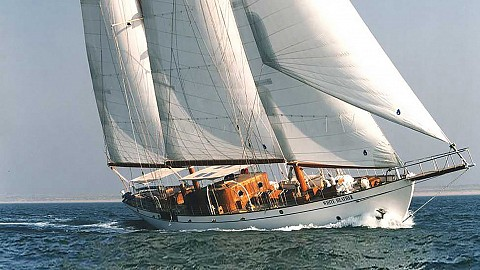 115' Bermuda ketch 'White Heather'